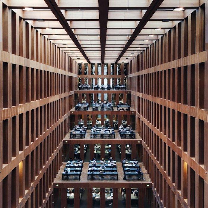 Центральная библиотека Якоба и Вильгельма Гримм, Берлин, Германия